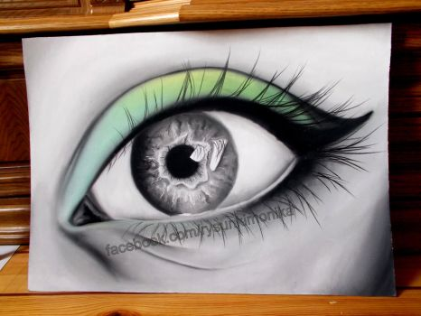 Green eye by mydrawings11
