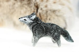 Grey wolf little totem by hontor