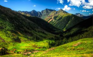 Colorado mountains by KRHPhotography