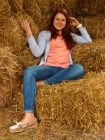Relax on the hay by santule