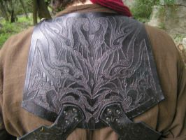 Rogue armour back detail by Bear-Crafter