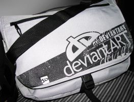 DeviantArt Messenger Bag by evasketch