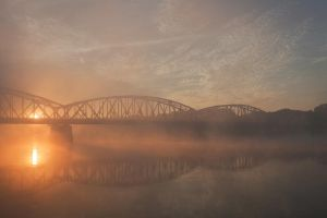 misty morning by JoannaRzeznikowska