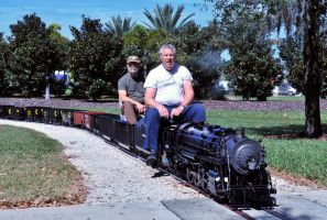 Live steam engine by lawout16