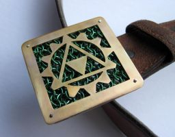 Custom gear/steampunk triforce buckle by kenshin1387