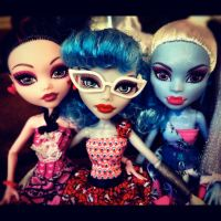 Dot Dead Trio 2 by dolladay
