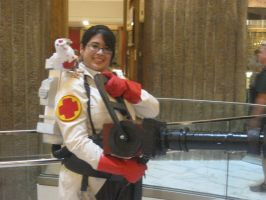 Dragon*Con 2012 Medic Cosplayer by andy593
