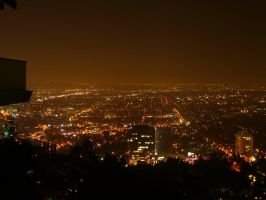 Hollywood by night by thevoyager