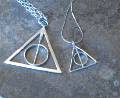 Tiny Deathly Hallows Pendant by Peaceofshine
