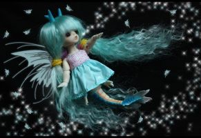 sparkle kiss of a fairy by Kaalii
