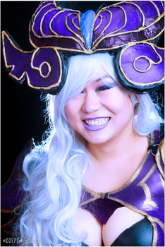 The Smile of Victory (Syndra, League of Legends) by Gurukast