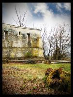old castle ruin by mystic-darkness