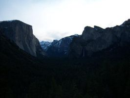 Yosemite by Junthor