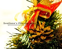 Christmas tree by Svetlanadeviant