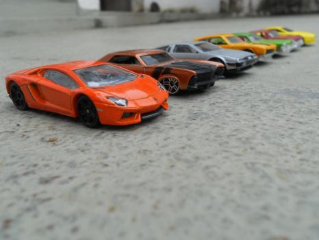 the ultimate hot-wheels drag-race 1442 by El-Macaquito