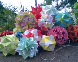 summer kusudama by Kusu-dama