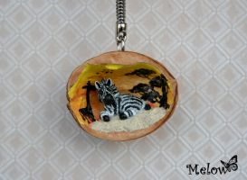 nutshell zebre by Melow-Fimo