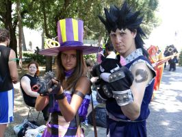 Caitlyn and Gajeel - RiminiComics 2014 by Groucho91