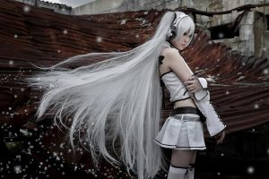 Miku Hatsne_VOCALOID by AMPLE-COSPLAY