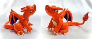 Charizard (Classic Colors #2) by Shemychan