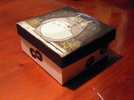 Totoro square box by MartyGallo