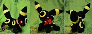 Meet Umbreon! by CoffeeCupPup