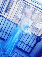 Elsa and Olaf I by petisa