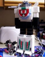 Yarn Wheeljack doll by Raggletag