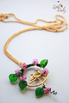 Sing, sing a song Necklace by airymilu