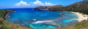 Hanama Bay Panorama 2 by Robear