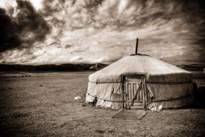 Yurt in Mongolia by MichalDz