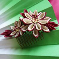 Autumn dahlia on comb kanzashi by elblack