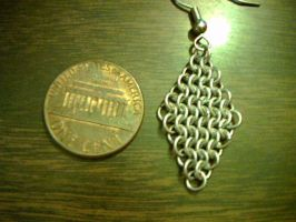 Micromaille diamond earring by lunabellvarga