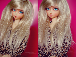 FS: Monique J-Rock Wig in Champagne Blond 8-9 inch by RetroSpectiive