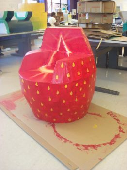 strawberry chair by xXSUZIE-QXx