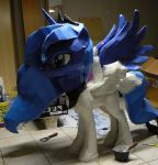 Luna saw a cockatrice and is turned into a statue by Znegil