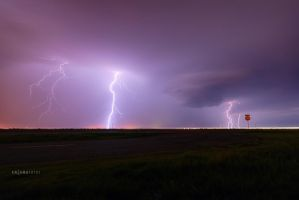 Lightning in North Texas by Enigma-Fotos