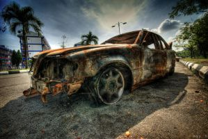 hdr - can u 'pimp my ride'? by mayonzz