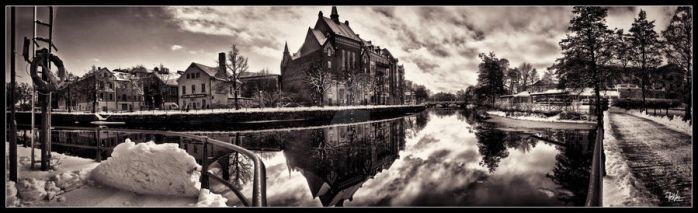 Orebro central panorama HDR BW by PaVet-Photography
