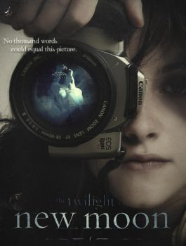 Camera New Moon Poster by Reachingasifall247