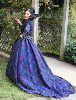 Regina Evil Queen Once Upon a Time cosplay costume by the10thkingdomfan