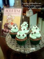 Choco and Mint Cupcakes by analage