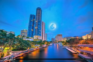 New-River-Fort-Lauderdale-Moon-Rise-Cityscape-Skyl by CaptainKimo