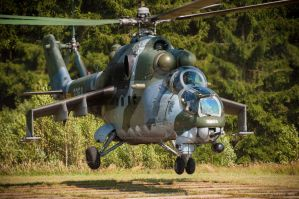 Mi-24 Hind by 4MindZapper