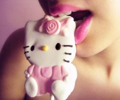 Hello Kitty by ideea