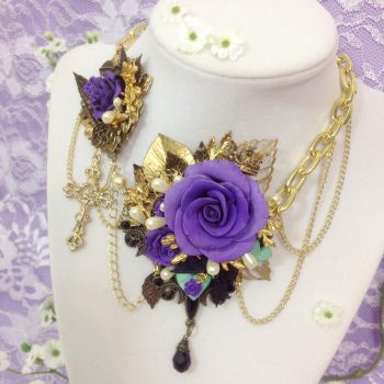 Versailles Rose Necklace (Lilac and Mint) by Necrosarium