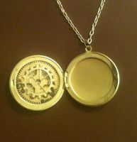 Gear Star Locket by LeviathanSteamworks