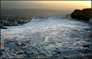 Turkey: Pamukkale by CrLT