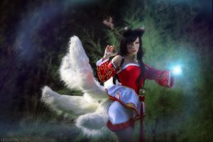 LOL - Ahri - Someone lurk in the dark by MilliganVick