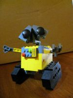 Lego Wall-E by jnkwarrior